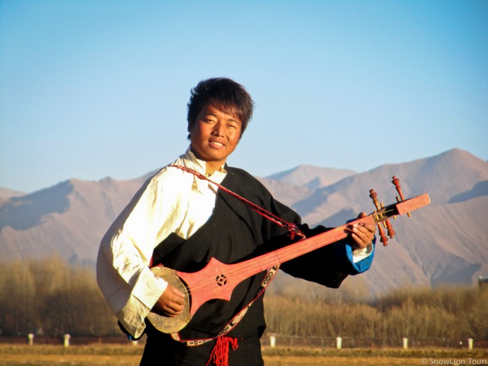 тибетский певец из Лхасы