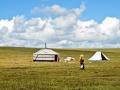 tibetan-nomads-in-tsekog-grassland