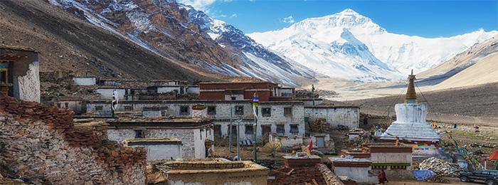 Эверест и монастырь Ронгбук