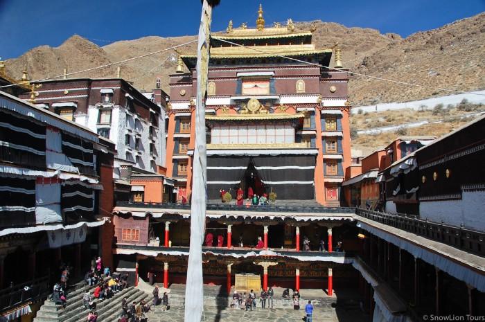 монастырь Ташилунпо в Шигатце