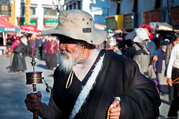 тибетец на площади Баркхор