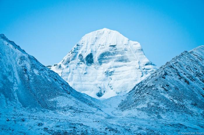 Северное лицо горы Кайлас на рассвете