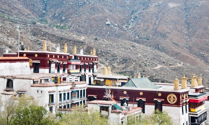 комплекс монастыря Дрепунг