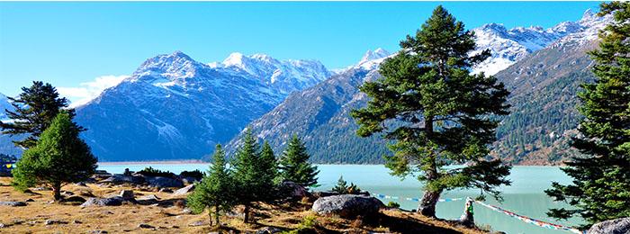 Священное озеро Илхунь Лхацо
