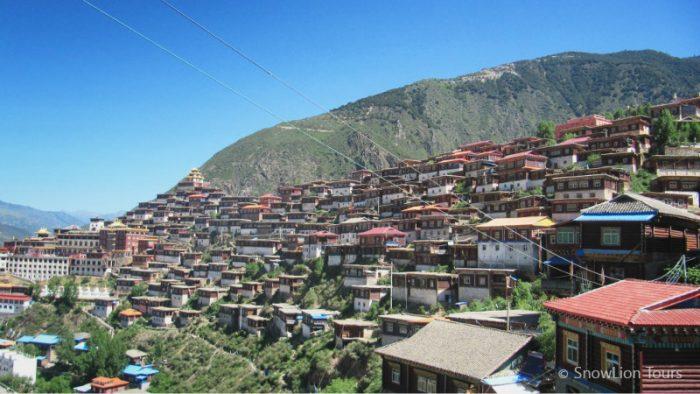 Монастырь Пелъюл, традиция ньингма, туры в Тибет, групповой тур в Тибет, Кхам